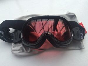 Brand New Bolle Snowboard Goggles For Sale
