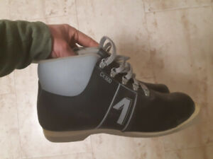 Cross Counnty Ski Boots size 10 mens