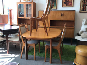 Mid century modern Teak Table 6 chairs Kitchen Dining room set