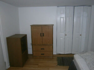 A furnished room for rent