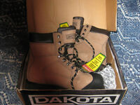 dakota 8inch csa approved boots NEW