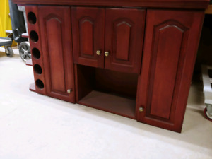 Upper Cabinets and Kitchen Doors