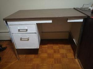 Desk sell