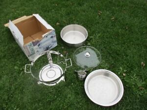 NEW! Commercial Quality Chafing Pot/ Dish in original box