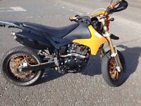 125 2012 supermoto (clean as) SWAPS?!!