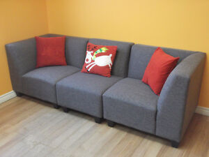 2 PCE LOVE SEATS AND 3 PCE MODULAR COUCHES - USED 3 WEEKS Stratford Kitchener Area image 2