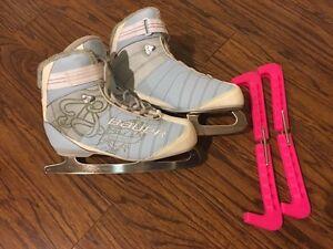 Ladies Bauer Figure Skates