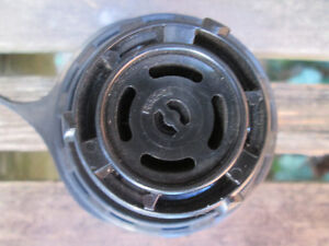 Ford Locking Gas Cap 5L8Z9030BA - New - Never Used London Ontario image 5