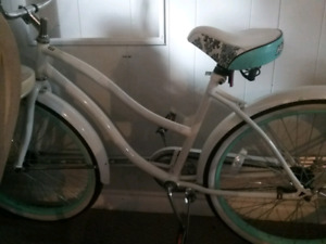 New HUFFY women's city bicycle