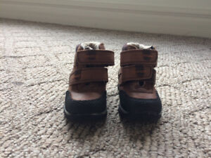 Toddler boy ankle boots size 7