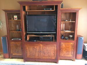 ABACUS 3-piece Pine Shaker Style Entertainment Unit