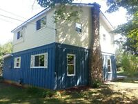 Ridgeway 3/4 Bed/2 Full Bath House to Rent. Avail. NOW! $1450 pm