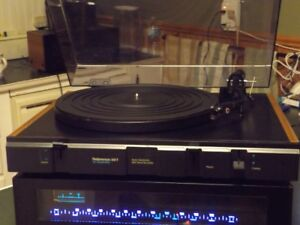 Reference 510T Turntable