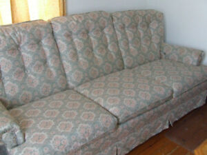 FREE!!! SOFA AND CHAIR SET