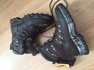 Never Worn Irish Setter Ladies Boots