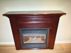 Gas Fireplace with Mantel and Remote Control