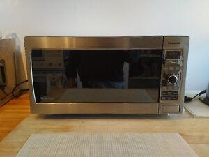 Panasonic NN-T795SFX microwave