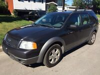 2007 Ford Freestyle SEL...6-passageres, equippee A-1