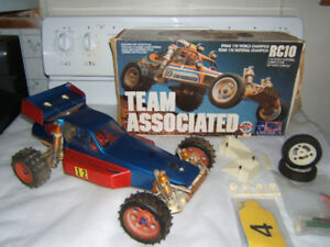 VINTAGE TEAM ASSOCIATED  RC10  OFF-ROAD BUGGY  RC TAMIYA