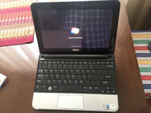 Dell Inspiron Mini 10 notebook in great working condition