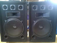 2 Cabinets Pyramid 200W RMS