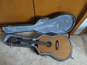 Simon and Patrick Acoustic Woodland Folk Guitar with case