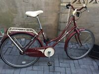 Beautiful ladies town / city bike only £110