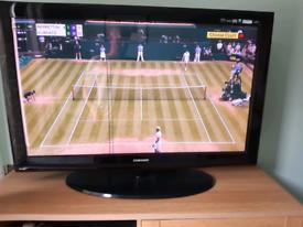 "42"" Samsung Flat Screen Plasma Television TV PS42B430P2W"