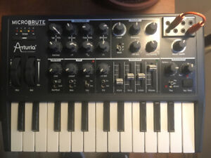 Arturia Microbrute - Analog Synth