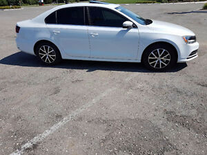 2016 VW Jetta Comfortline - Showroom Condition - Only 4000KM