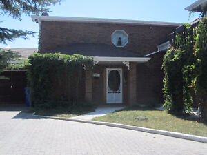 COUNTRY HOME ON 1251 dalton rd..