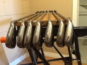 Cleveland CG7 Irons 4-Pw like new right hand