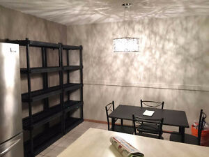 Furnished room for rent walking distance to University