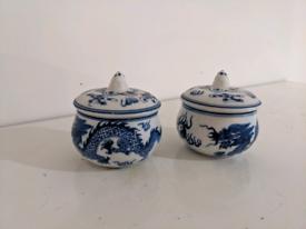 Tiny blue pot