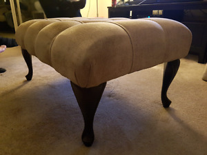 Great condition ottoman
