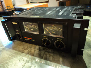 Yamaha P-2200 vintage Professional Power Amplifier