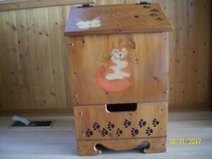 Cat Food Storage Bin