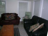 68 COLBORNE ST #3  $700.00 FURNISHED ROOMS 12 MINUTES TO CAMPUS