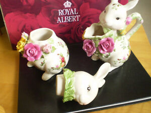 Royal Albert Old Country Roses Fine Bone China Creamer and Sugar Kitchener / Waterloo Kitchener Area image 3