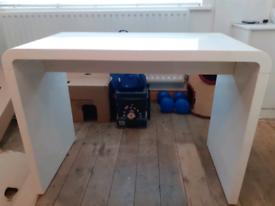 Courbe Desk