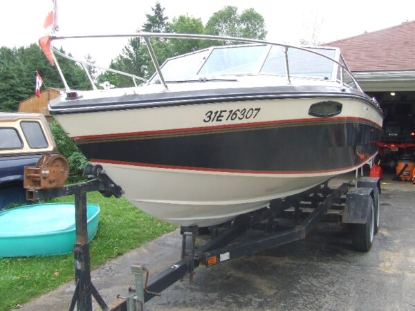 1986 Chris-Craft scorpion 210