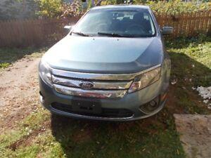 2012 Ford Fusion SE Sedan CALL 447-8035