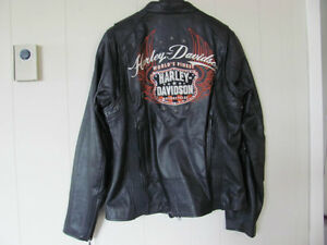 Harley Davidson leather jacket, women's, size L, mint