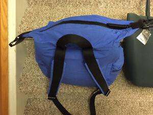 New! Hunter silicone tote bag or nylon backpack Kitchener / Waterloo Kitchener Area image 4
