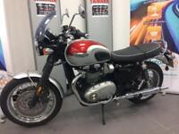 TRIUMPH BONNEVILLE T120 1549 MILES FROM NEW 66 PLATE DELIVERY ARRANGED