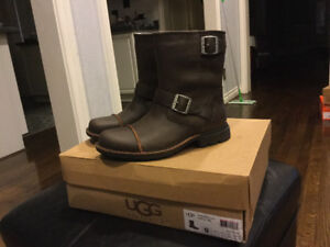 New man UGG $280 size 9