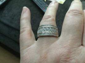 Gold and diamond ring. Reduced