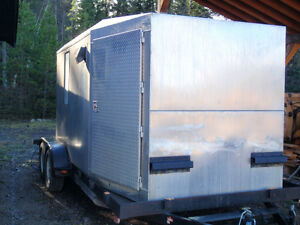 hunting sleeping quarters on 18 ft flat deck trailer