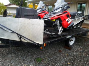 Two 2015 Polaris Indy 550 for sale