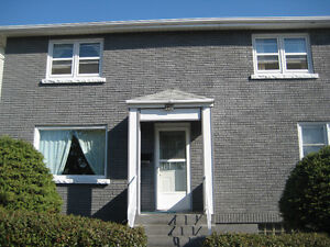 Main floor  apartment  at Ambrose Street is available March 1st